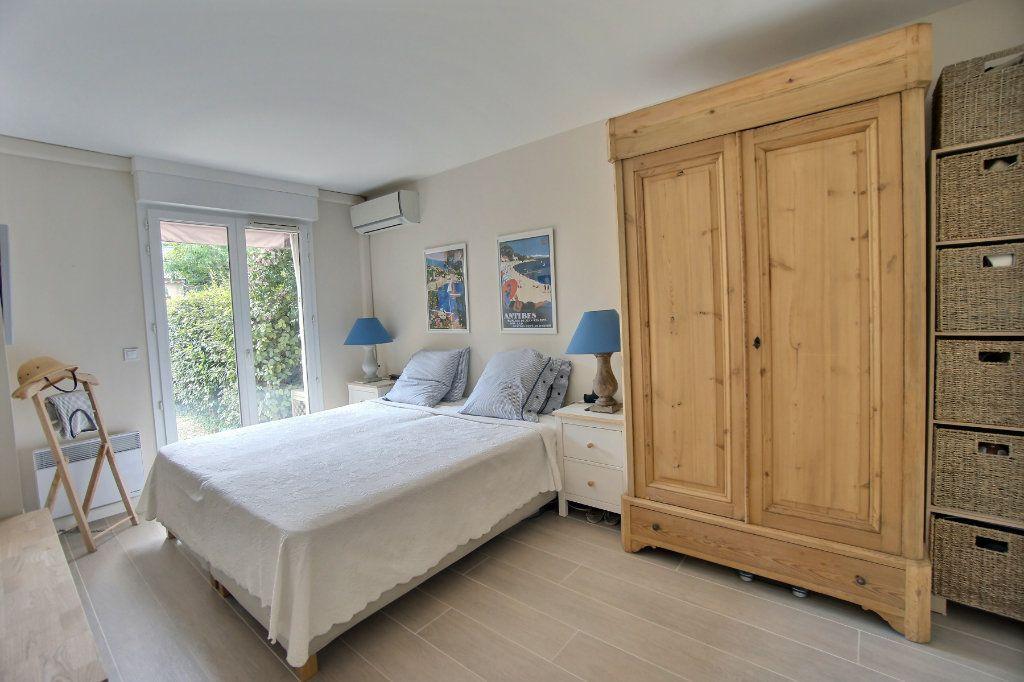 Appartement à vendre 3 73m2 à Golfe Juan - Vallauris vignette-5