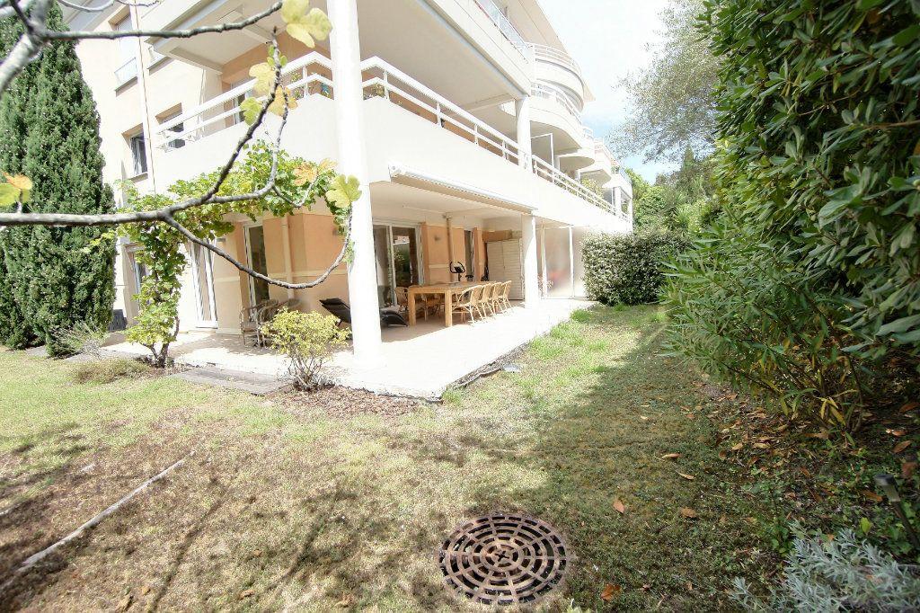 Appartement à vendre 3 73m2 à Golfe Juan - Vallauris vignette-6