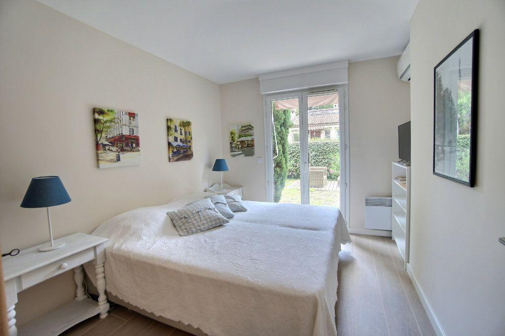 Appartement à vendre 3 73m2 à Golfe Juan - Vallauris vignette-9