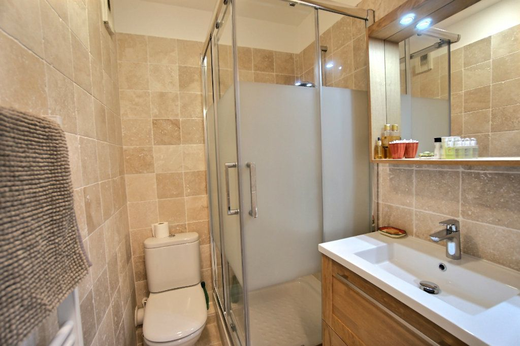 Appartement à vendre 3 73m2 à Golfe Juan - Vallauris vignette-10