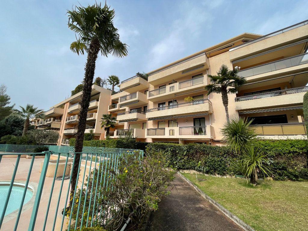 Appartement à vendre 2 56m2 à Cannes vignette-1