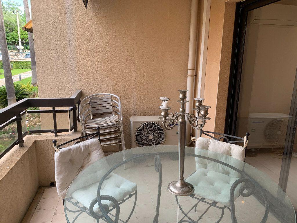Appartement à vendre 2 56m2 à Cannes vignette-3