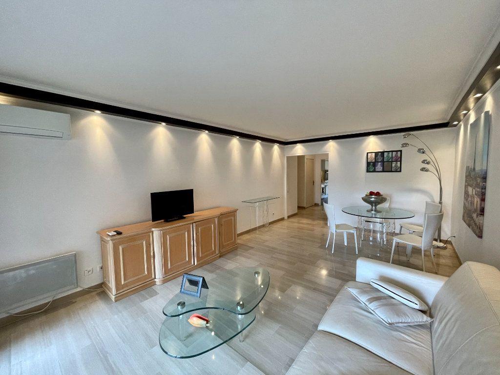 Appartement à vendre 2 56m2 à Cannes vignette-6