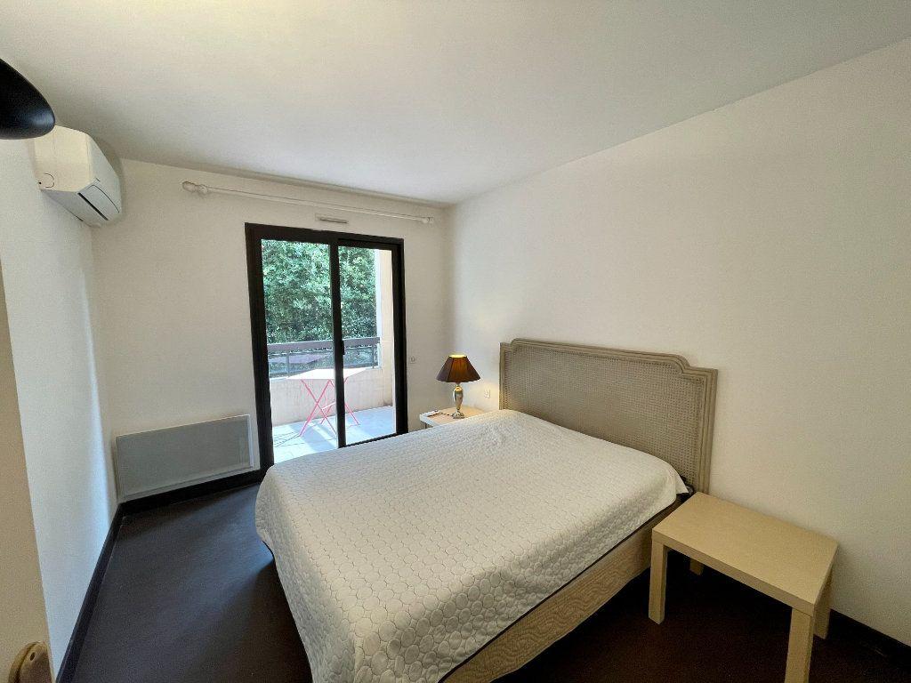 Appartement à vendre 2 56m2 à Cannes vignette-8