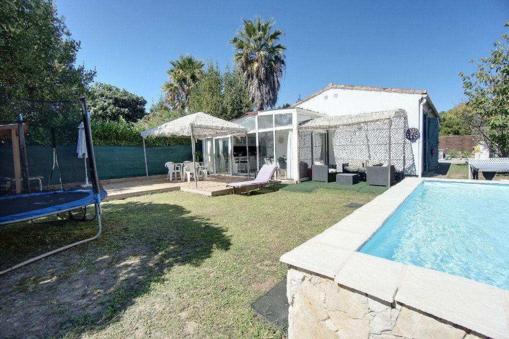 Maison à vendre 4 100m2 à Biot vignette-2