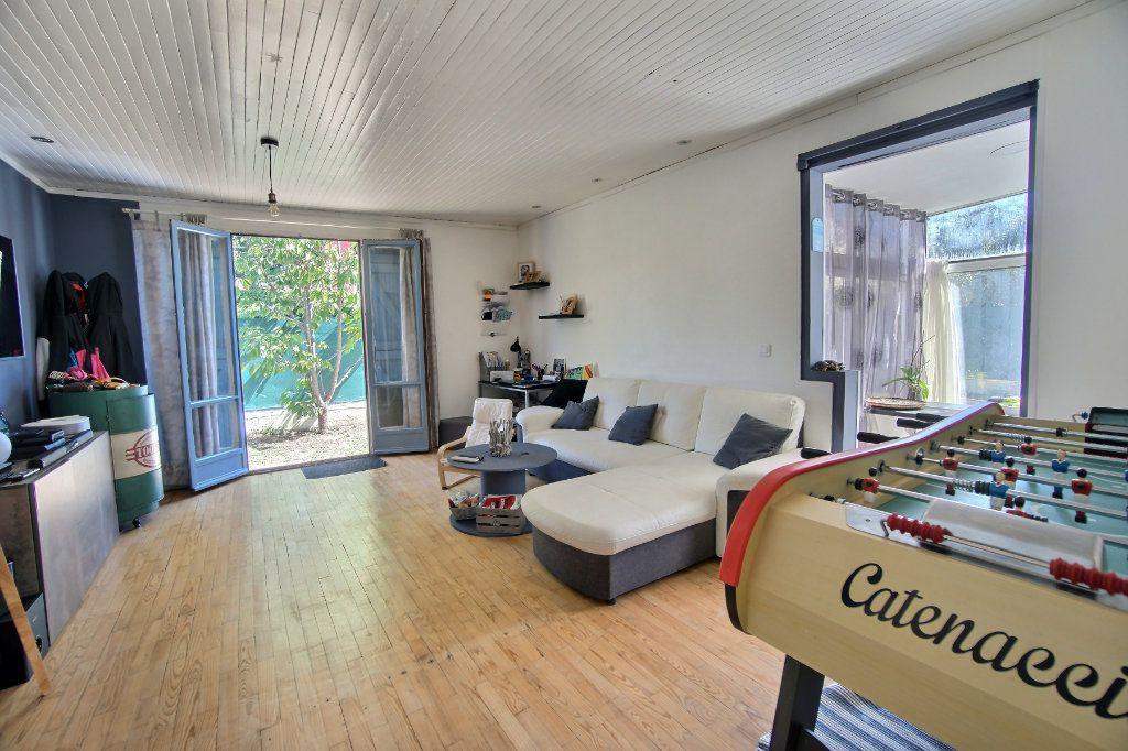 Maison à vendre 4 100m2 à Biot vignette-4