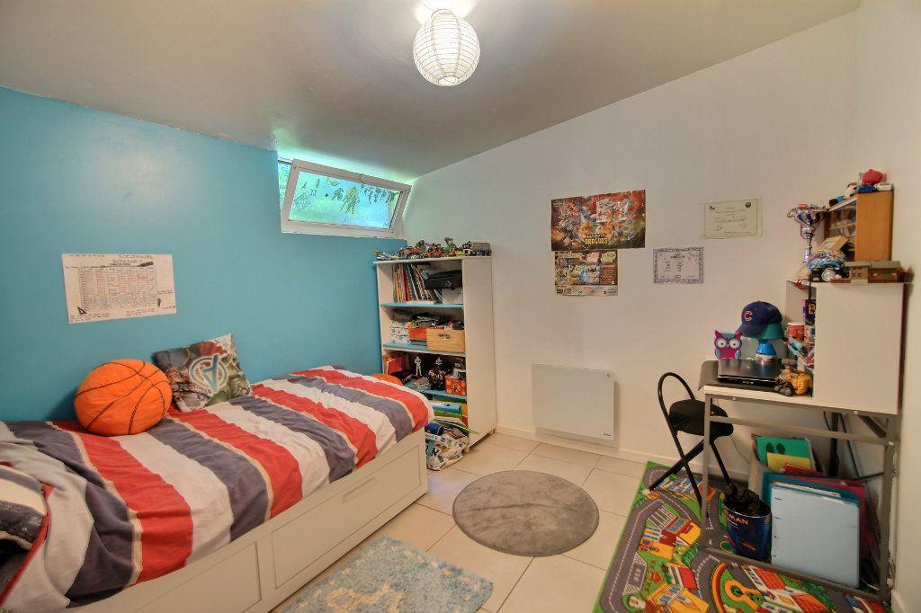 Maison à vendre 4 100m2 à Biot vignette-9