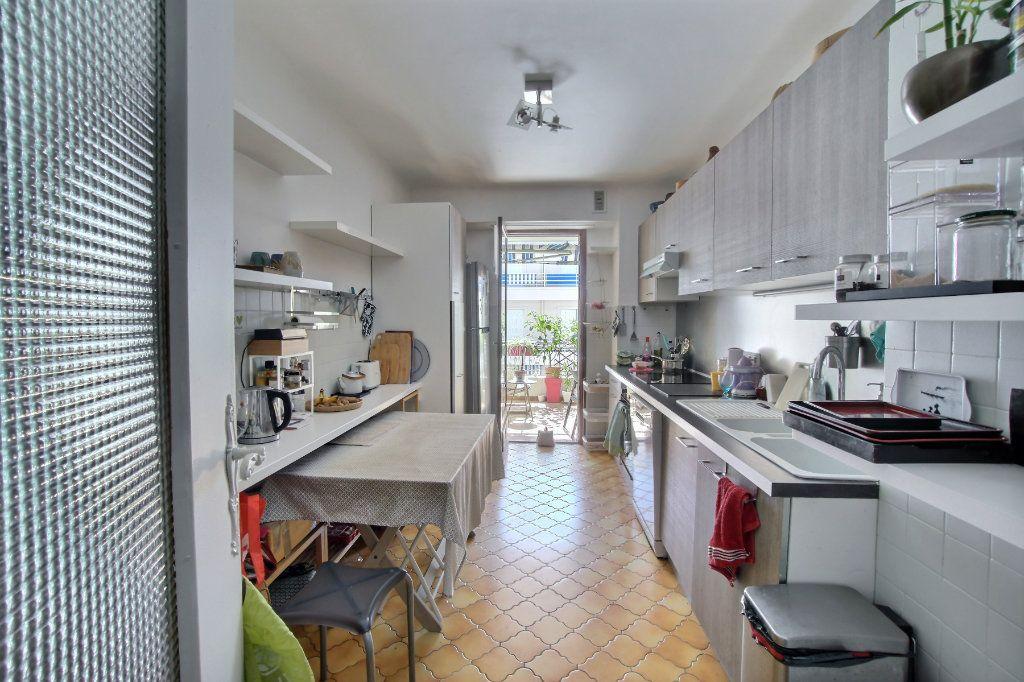 Appartement à vendre 3 88m2 à Antibes vignette-6