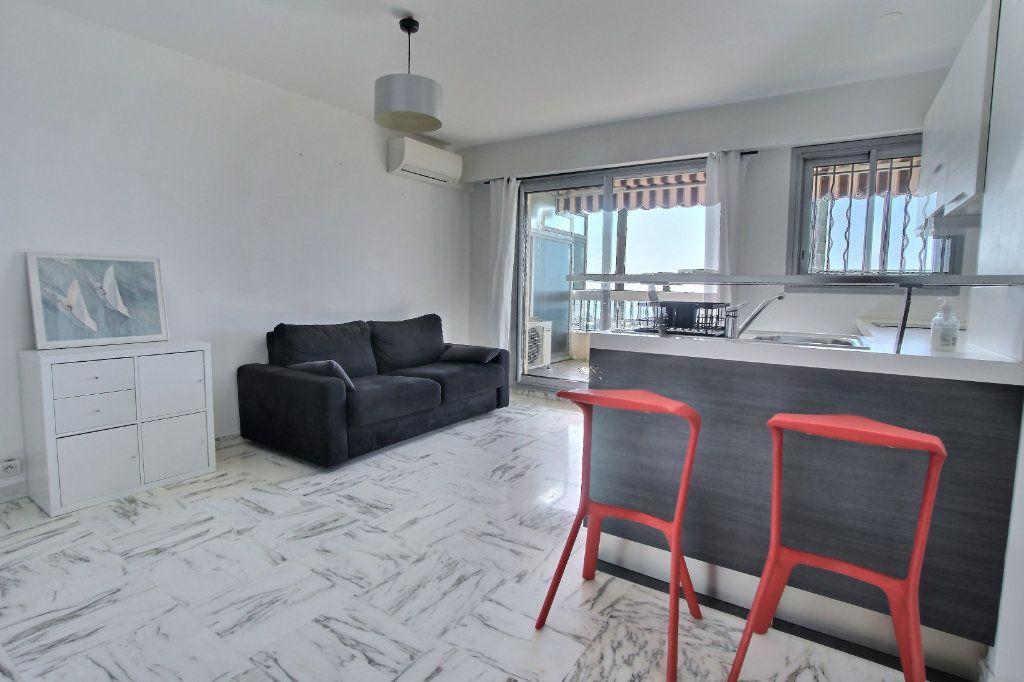 Appartement à vendre 1 27.7m2 à Villeneuve-Loubet vignette-4