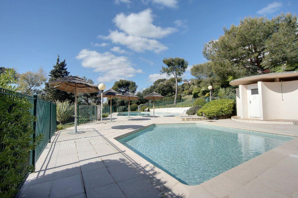 Appartement à vendre 1 27.7m2 à Villeneuve-Loubet vignette-13