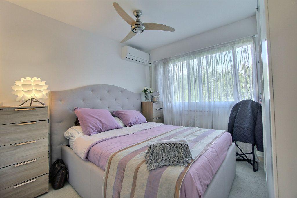 Appartement à vendre 3 63m2 à Golfe Juan - Vallauris vignette-5