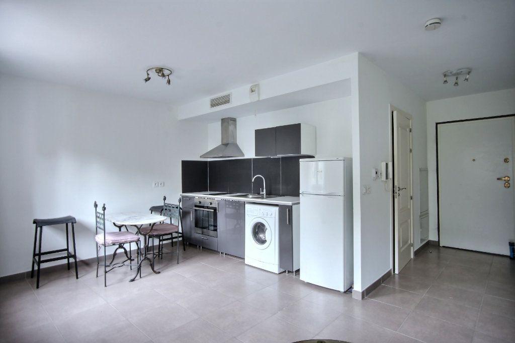 Appartement à vendre 1 34m2 à Vallauris vignette-1
