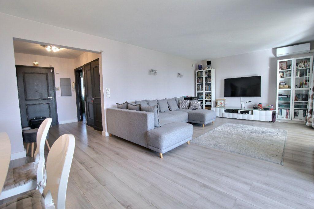 Appartement à vendre 4 106.62m2 à Villeneuve-Loubet vignette-3