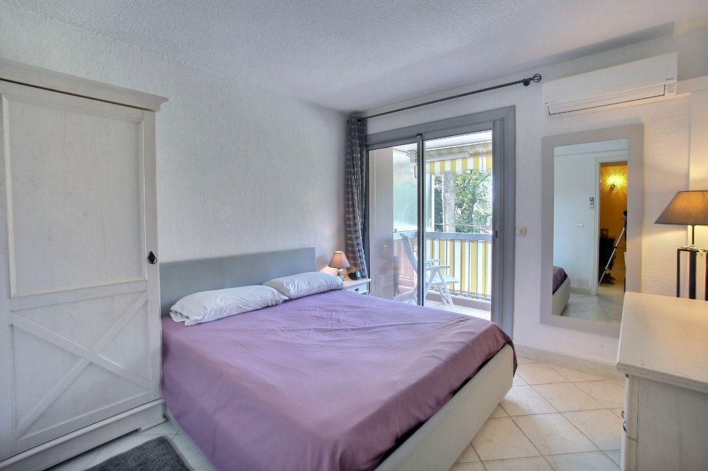 Appartement à vendre 3 60m2 à Antibes vignette-5