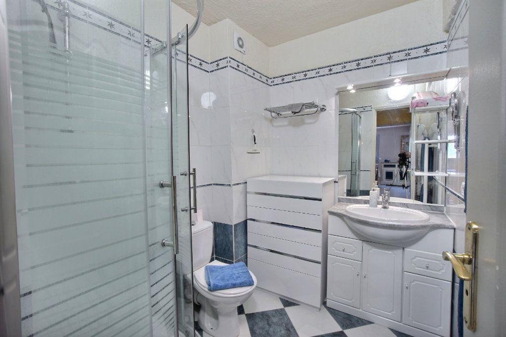 Appartement à vendre 3 60m2 à Antibes vignette-7