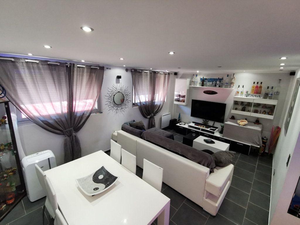 Appartement à vendre 2 48m2 à Cannes vignette-1