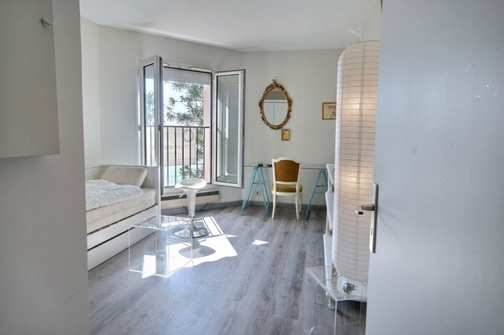 Appartement à vendre 1 26.5m2 à Vallauris vignette-2