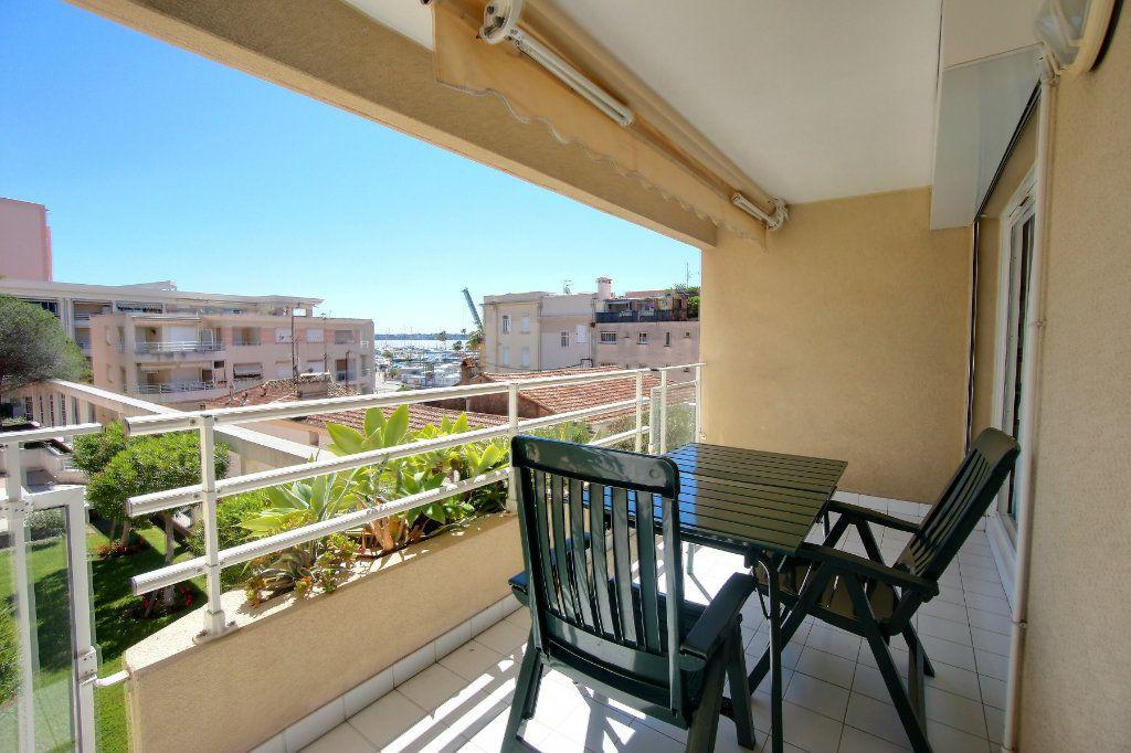 Appartement à vendre 2 38m2 à Golfe Juan - Vallauris vignette-2
