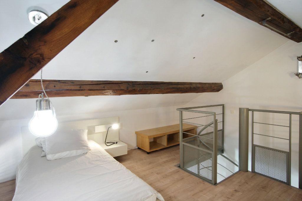 Appartement à louer 3 68m2 à Cannes vignette-4