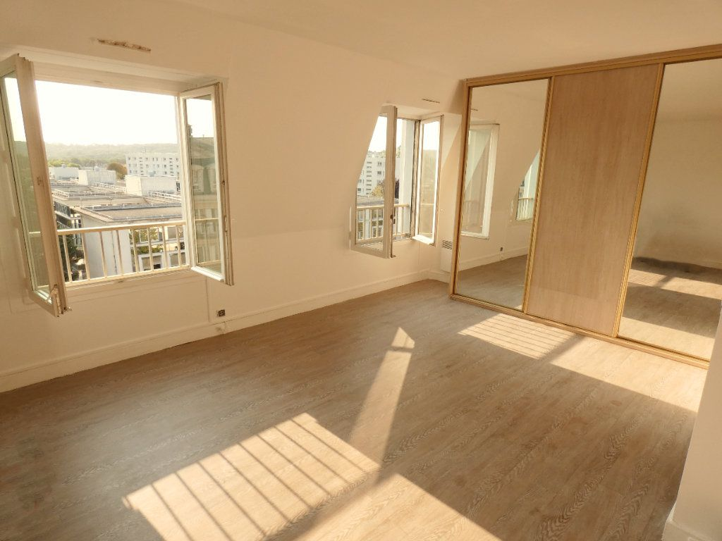 Appartement à louer 1 41m2 à Versailles vignette-2