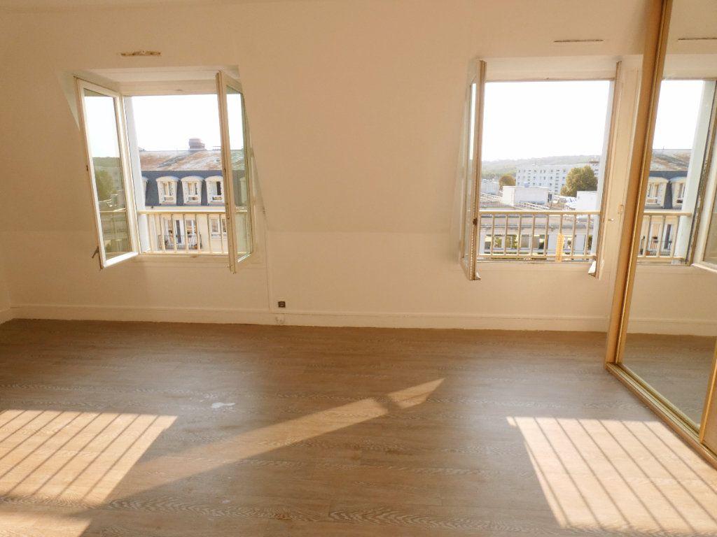 Appartement à louer 1 41m2 à Versailles vignette-3