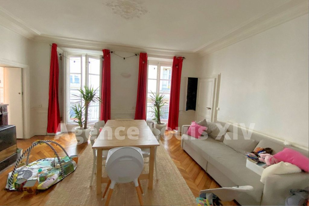 Appartement à vendre 3 63m2 à Versailles vignette-1