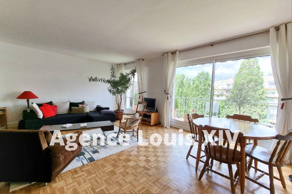 Appartement à vendre 3 80m2 à Versailles vignette-1