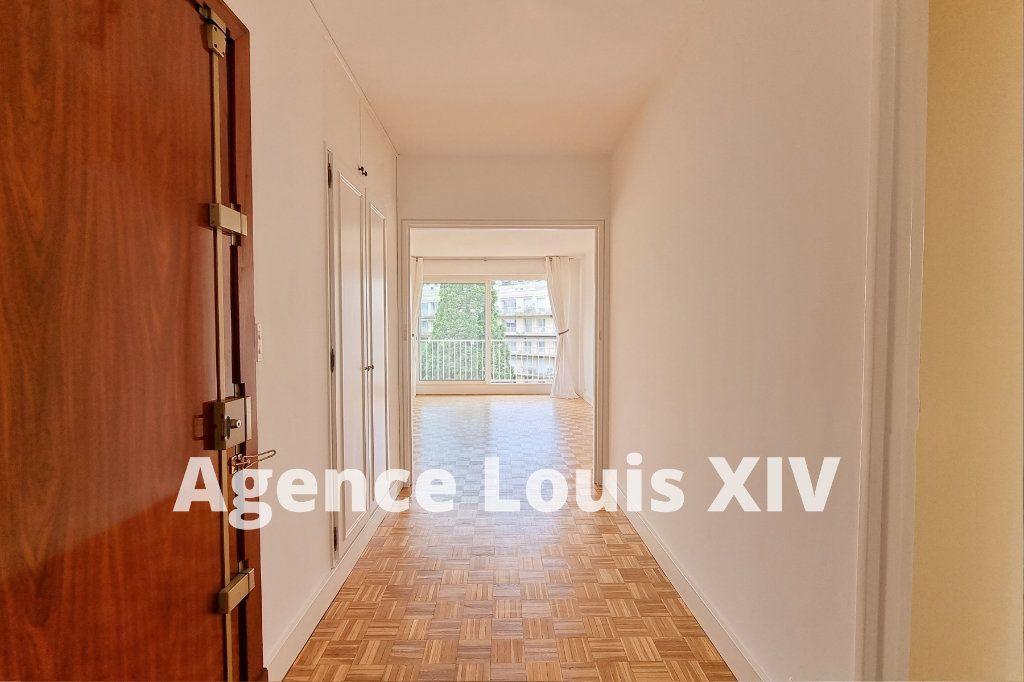 Appartement à vendre 3 80m2 à Versailles vignette-2