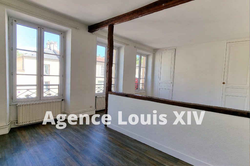 Appartement à vendre 8 128.95m2 à Versailles vignette-4
