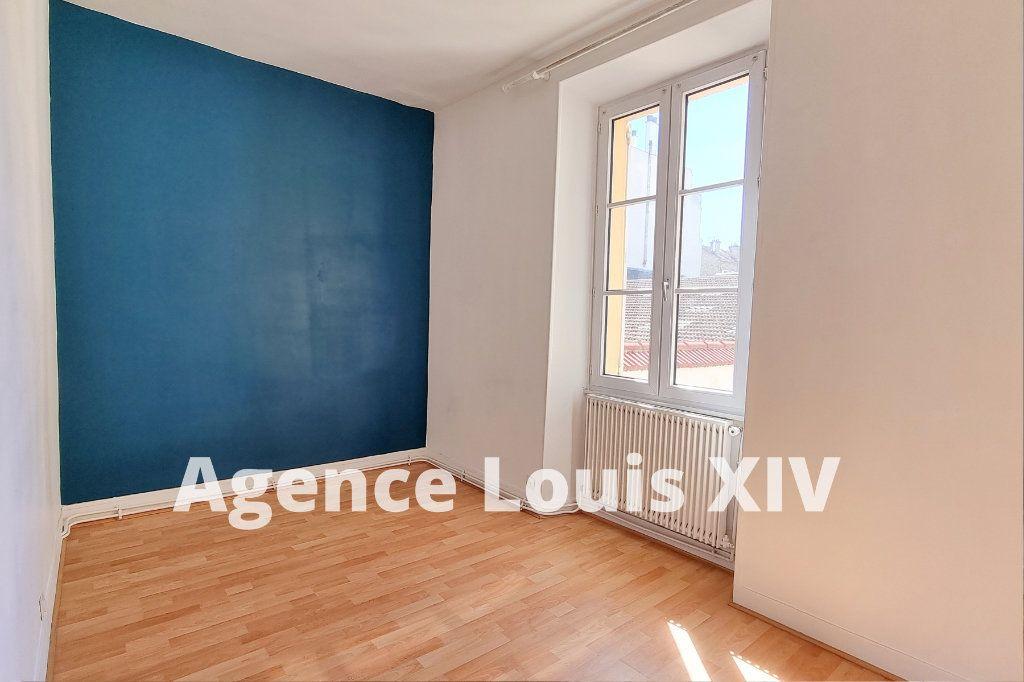 Appartement à vendre 8 128.95m2 à Versailles vignette-9