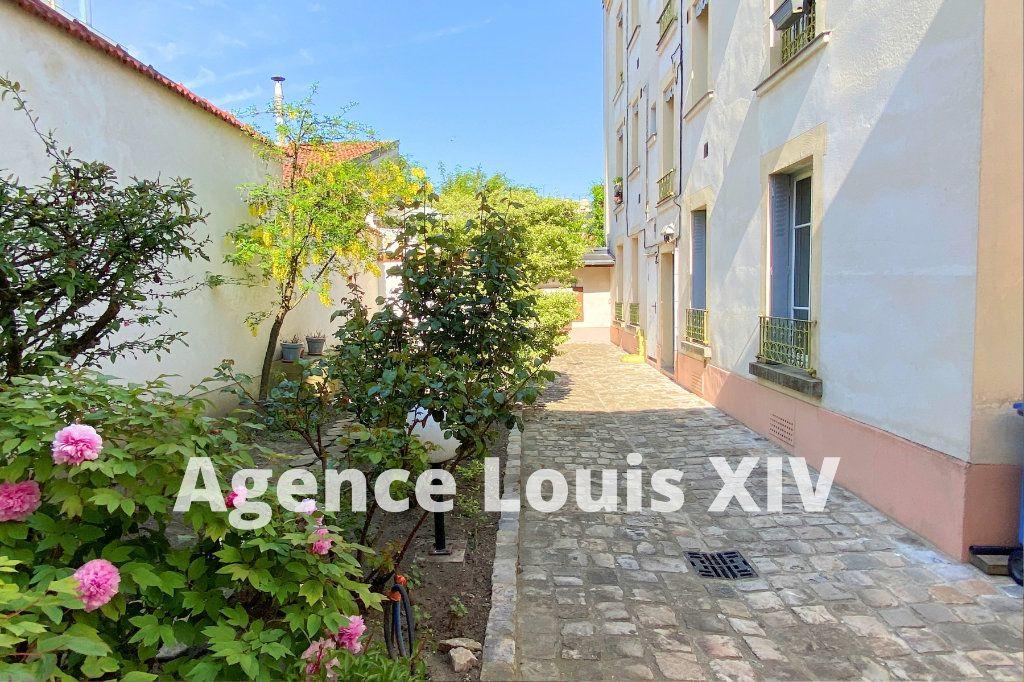 Appartement à vendre 2 36m2 à Versailles vignette-1