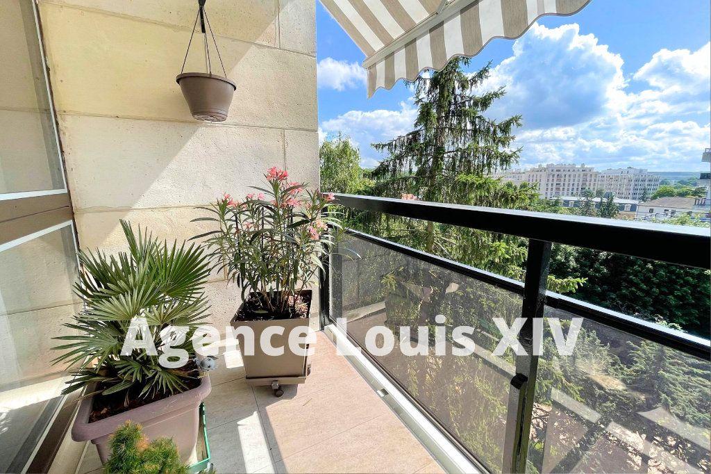 Appartement à louer 1 12m2 à Versailles vignette-1