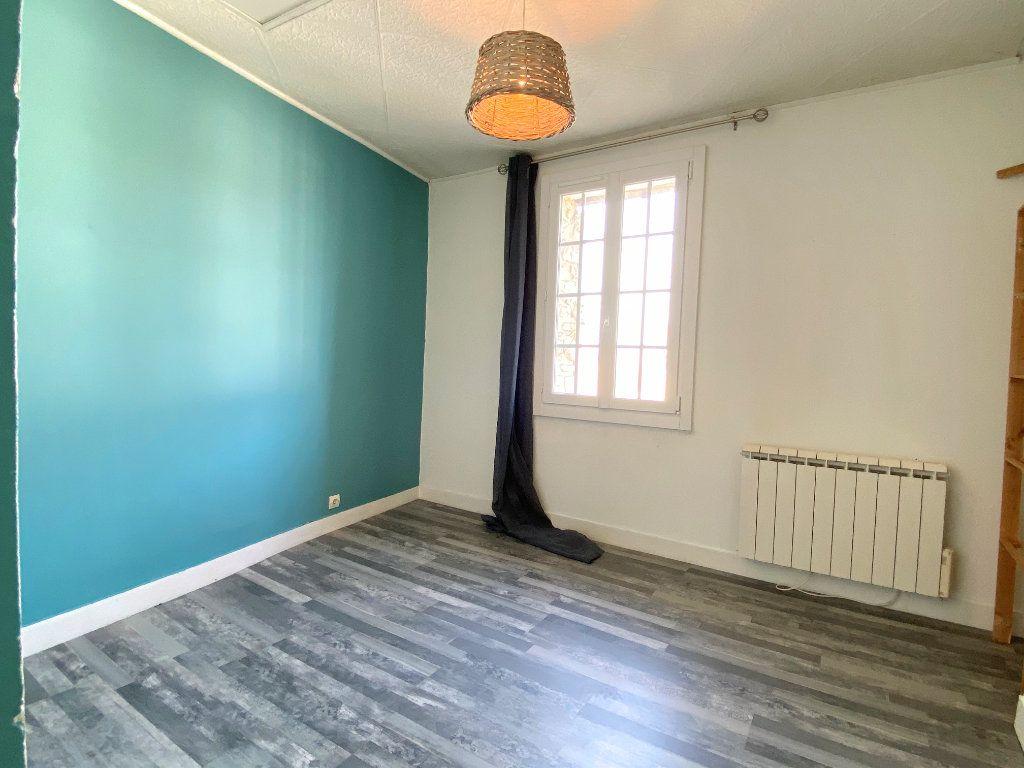 Appartement à louer 3 46m2 à Gommecourt vignette-3