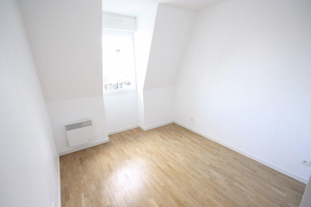 Appartement à louer 3 68.83m2 à Le Plessis-Robinson vignette-7