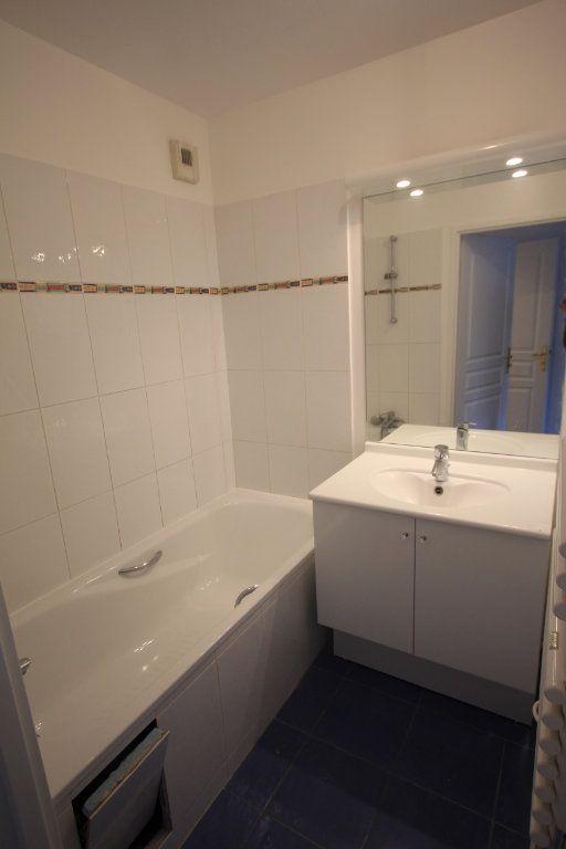 Appartement à louer 2 44.33m2 à Le Plessis-Robinson vignette-8