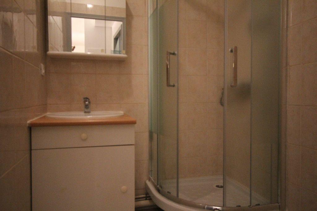 Appartement à louer 1 35m2 à Le Plessis-Robinson vignette-6