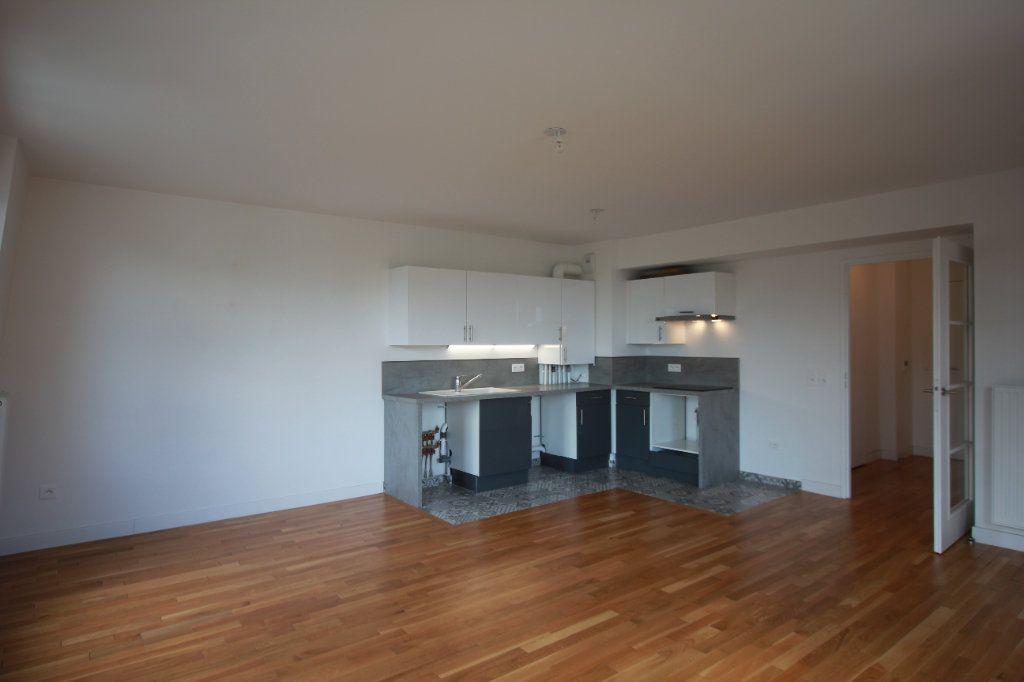 Appartement à louer 2 51.35m2 à Le Plessis-Robinson vignette-2