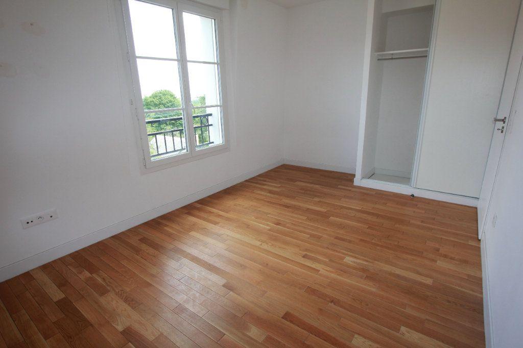 Appartement à louer 2 51.35m2 à Le Plessis-Robinson vignette-5