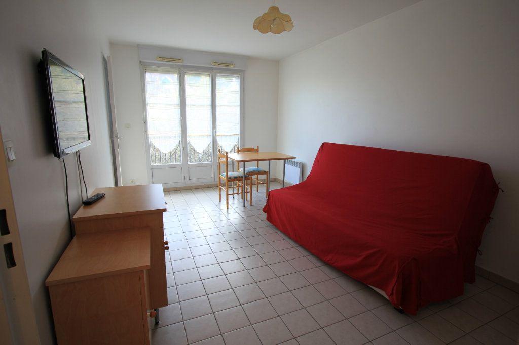 Appartement à louer 1 27.18m2 à Le Plessis-Robinson vignette-10