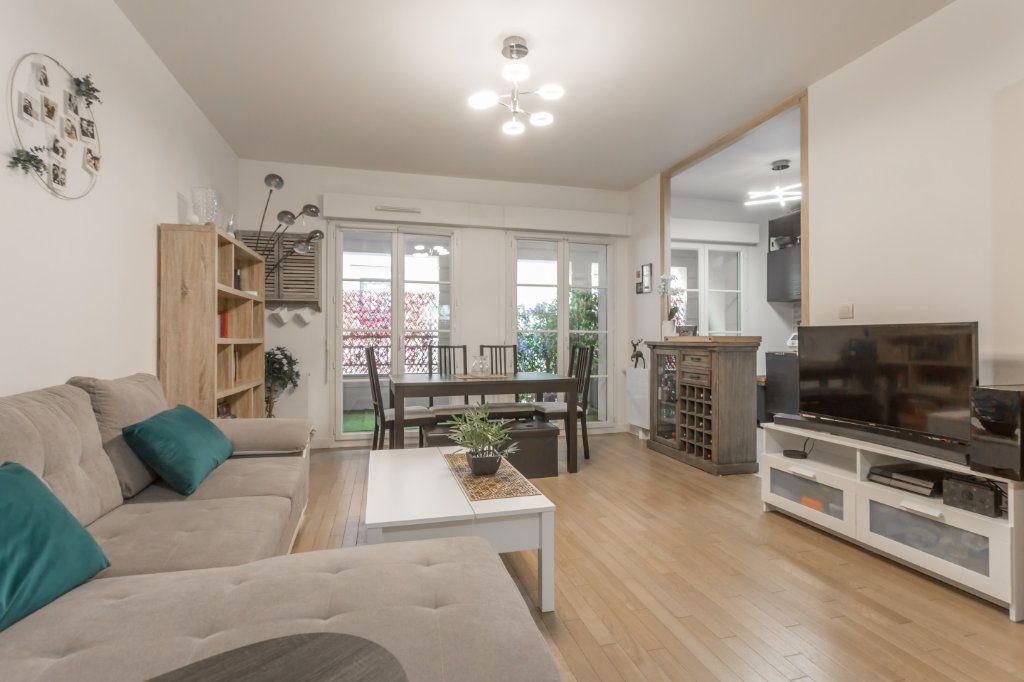 Appartement à vendre 2 49.87m2 à Le Plessis-Robinson vignette-1