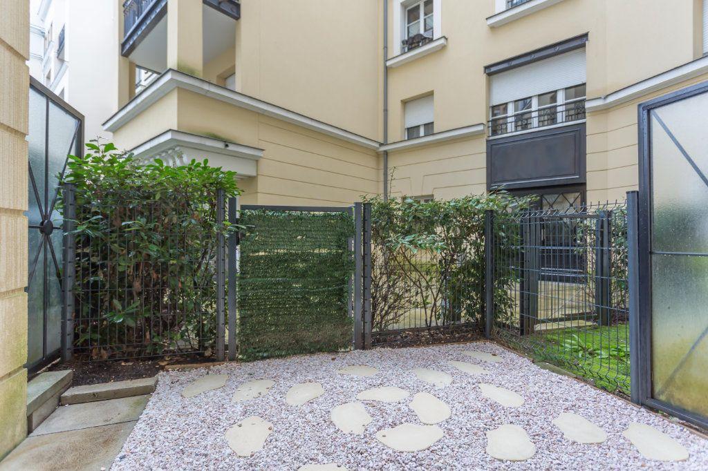 Appartement à vendre 2 49.87m2 à Le Plessis-Robinson vignette-2