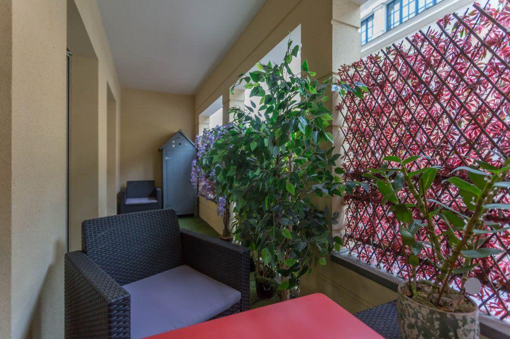 Appartement à vendre 2 49.87m2 à Le Plessis-Robinson vignette-3