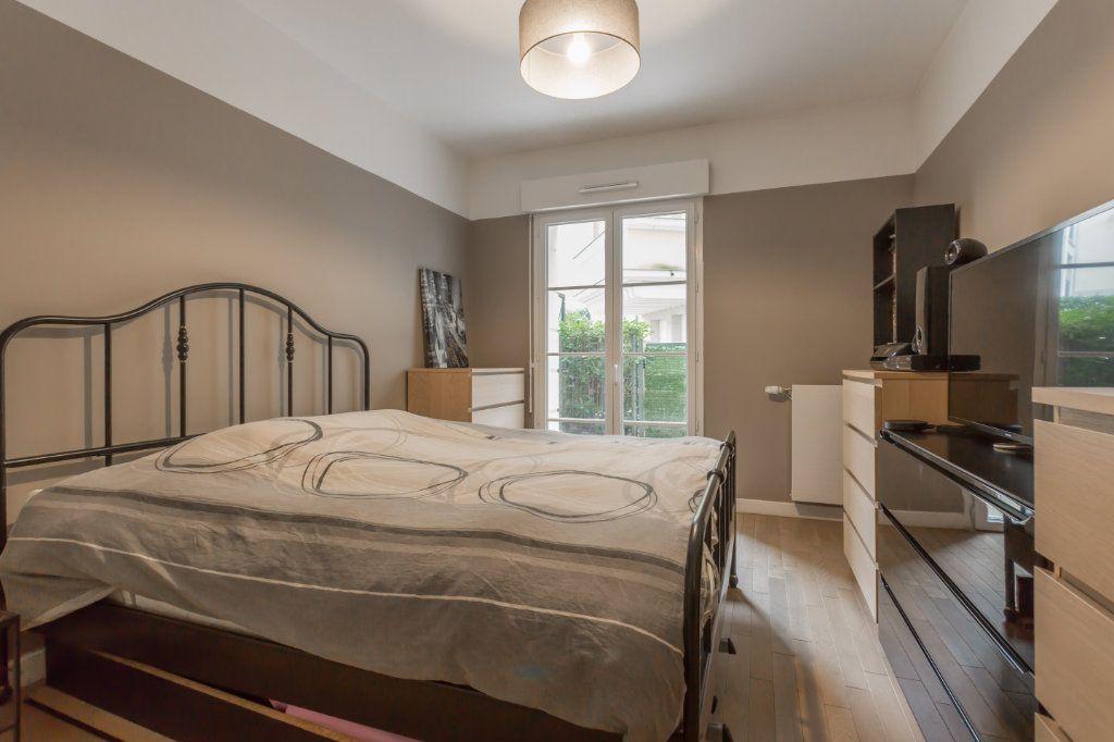 Appartement à vendre 2 49.87m2 à Le Plessis-Robinson vignette-9