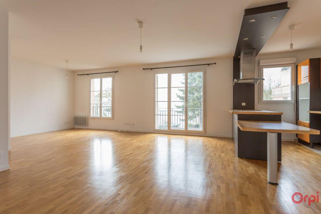 Appartement à vendre 5 98m2 à Le Plessis-Robinson vignette-3