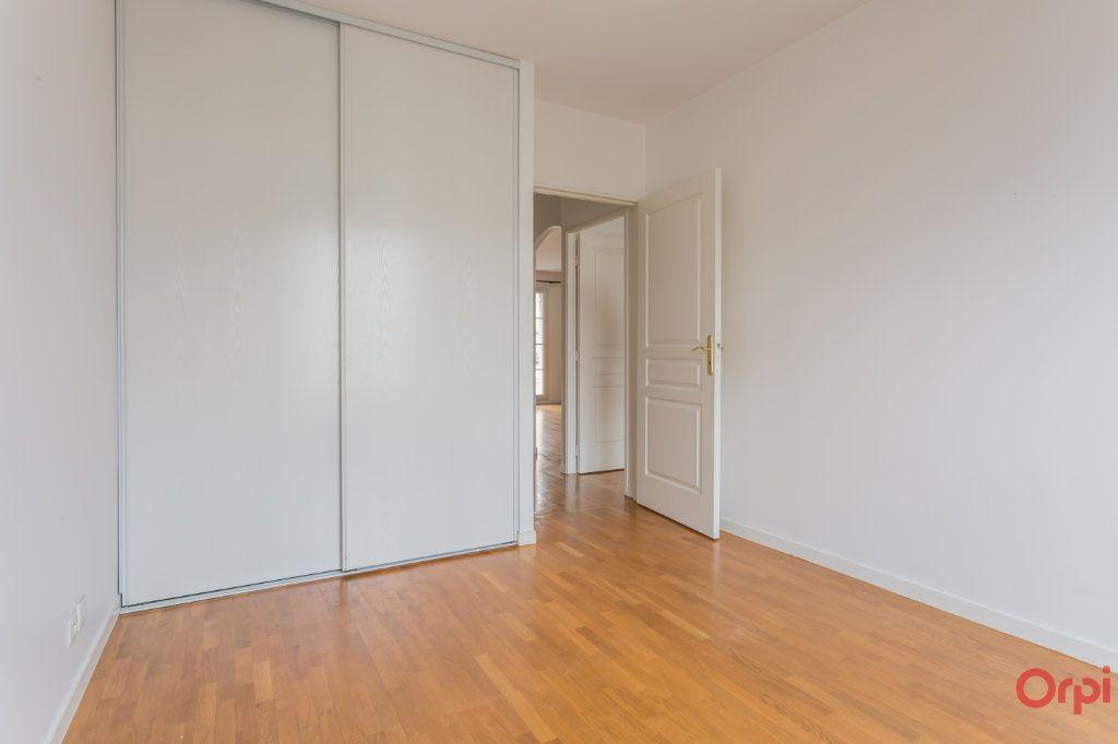 Appartement à vendre 5 98m2 à Le Plessis-Robinson vignette-11