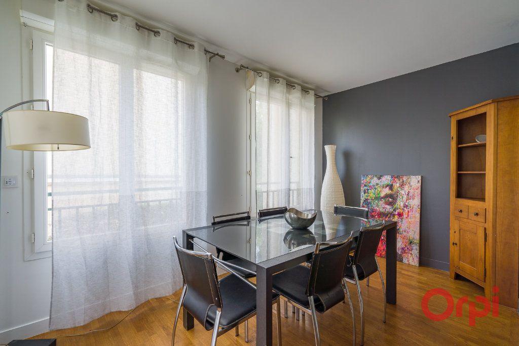 Appartement à vendre 3 79m2 à Le Plessis-Robinson vignette-4