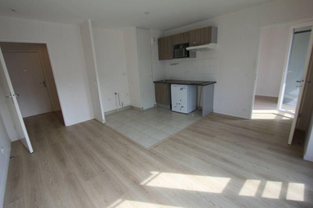 Appartement à louer 2 42.5m2 à Antony vignette-2
