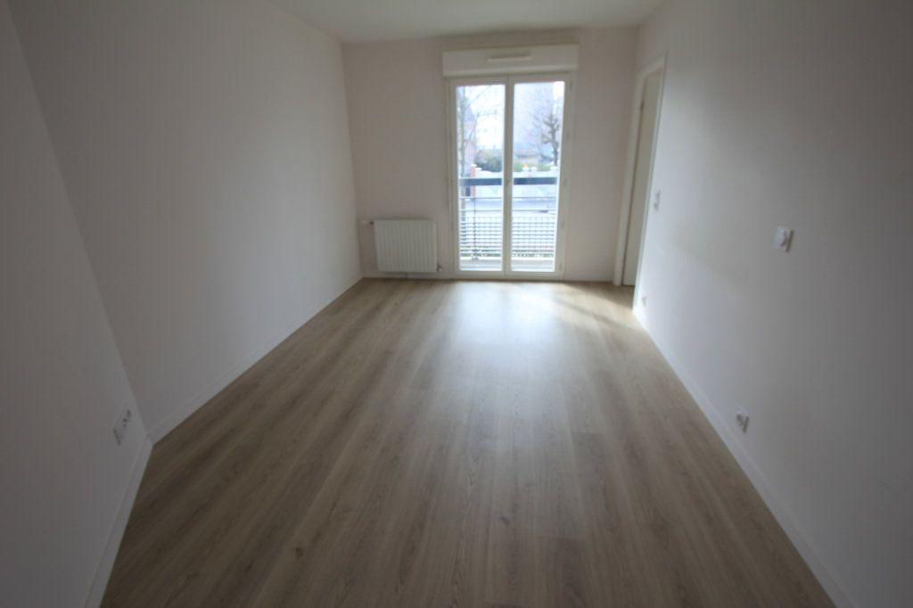 Appartement à louer 2 42.5m2 à Antony vignette-5