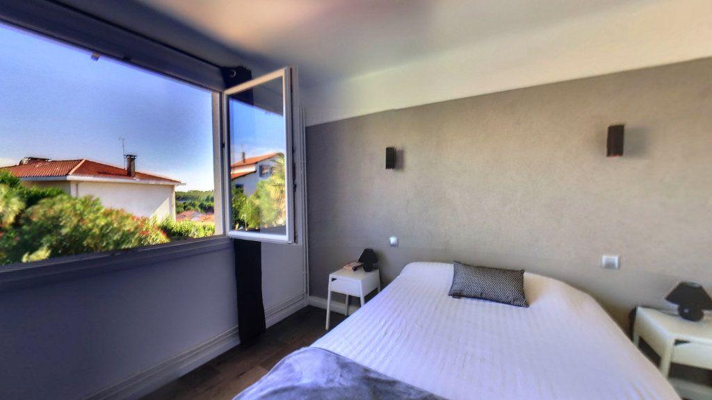 Maison à vendre 6 155m2 à Biarritz vignette-4