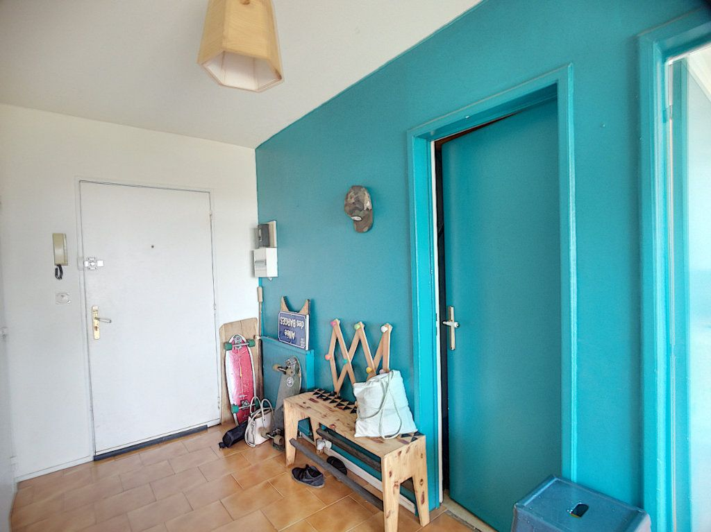 Appartement à vendre 5 109.35m2 à Biarritz vignette-3